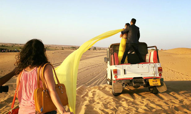 sam sand dunes tent booking
